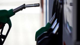 Σχεδιάζεται νέα αύξηση των φόρων στα καύσιμα με πρόσχημα τα τέλη κυκλοφορίας