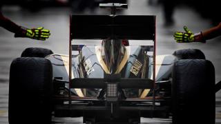Η Renault θα συνεχίσει στη Φόρμουλα 1 ως εργοστασιακή ομάδα