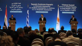 Επιτάχυνση συνεργασίας παντού αποφάσισαν Ελλάδα-Κύπρος-Αίγυπτος