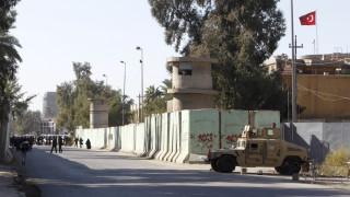 Στήνουν στρατόπεδο στο βόρειο Ιράκ για να προλάβουν τις εξελίξεις