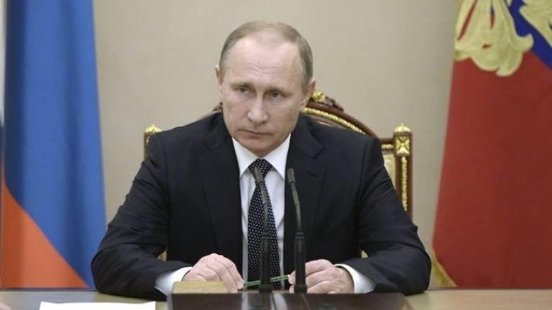 «Η Ρωσία βοηθά τον Ελεύθερο Συριακό Στρατό» υποστήριξε ο Πούτιν