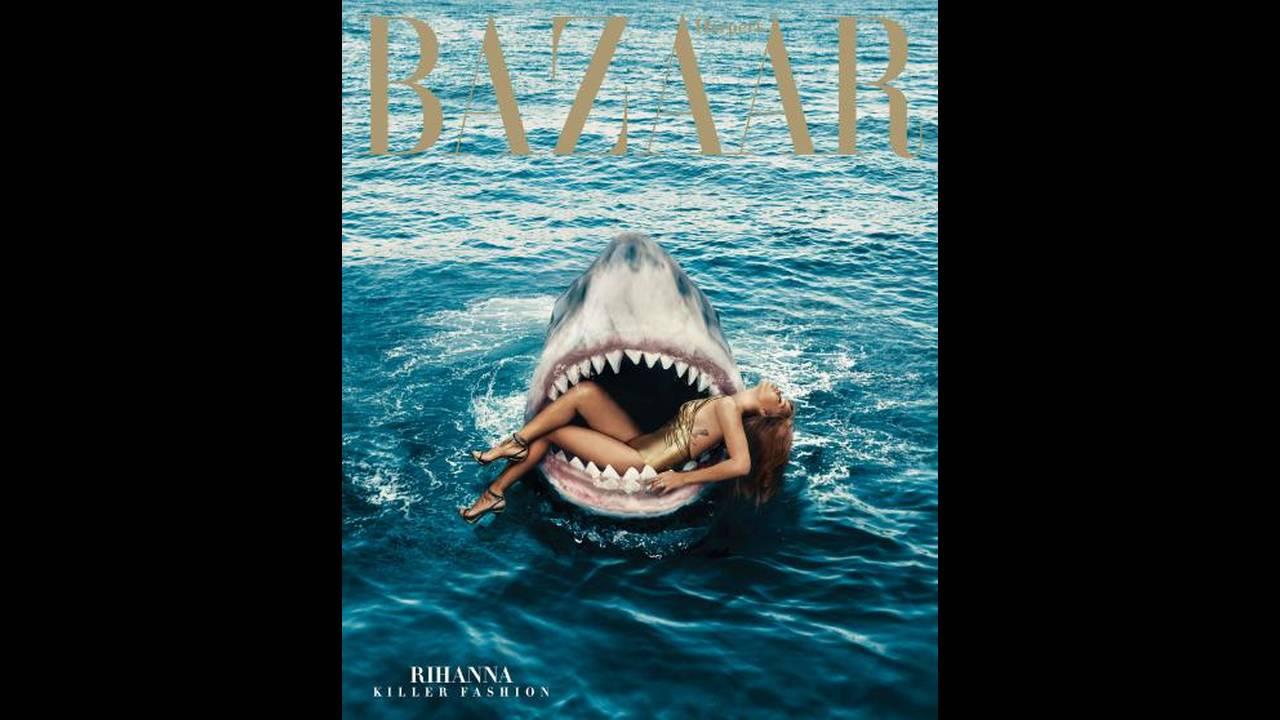 "Harper's Bazaar, Mάρτιος 2015, φωτογραφία από τον Norman Jean Roy. ""Η ιδέα της Rihanna στα σαγόνια ενός καρχαρία έπεσε στο τραπέζι από τη διευθύντρια του περιοδικού Glenda Bailey. Λατρεύει να ζητάει από τους επώνυμους να κάνουν απίστευτα πράγματα. Το εξώ"