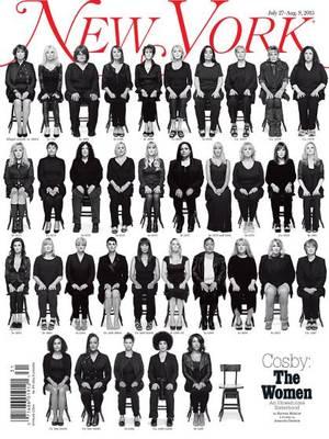 "New York Magazine, Ιούλιος 27-Aύγουστος 9, 2015, φωτογραφία από την Amanda Demme. ""Αυτές οι γυναίκες έχουν ένα κοινό, τον Μπιλ Κόσμπι. Ένας άντρας, πολλές γυναίκες και η υπόνοια ότι ακολουθούν και πολλές άλλες (σσ. Αναφέρεται στην άδεια καρέκλα). Μια λήψ"