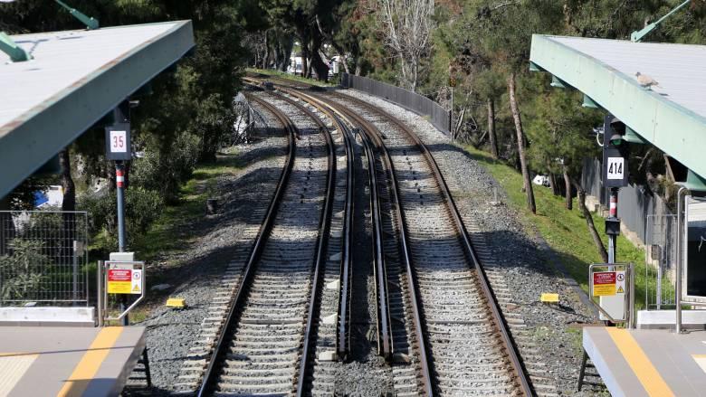 Διακοπή στους συρμούς του ΗΣΑΠ λόγω έρευνας στο σταθμό Μοναστηράκι