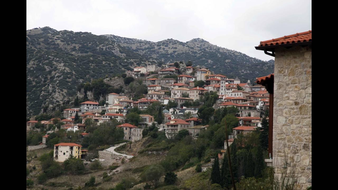 https://cdn.cnngreece.gr/media/news/2015/12/15/15585/photos/snapshot/oreini-arkadia-dimiotsana8.jpg