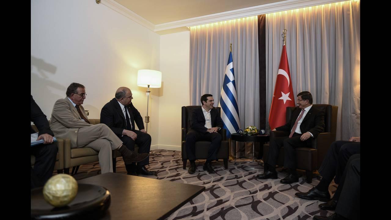 https://cdn.cnngreece.gr/media/news/2015/12/17/15761/photos/snapshot/_ABP0603.jpg