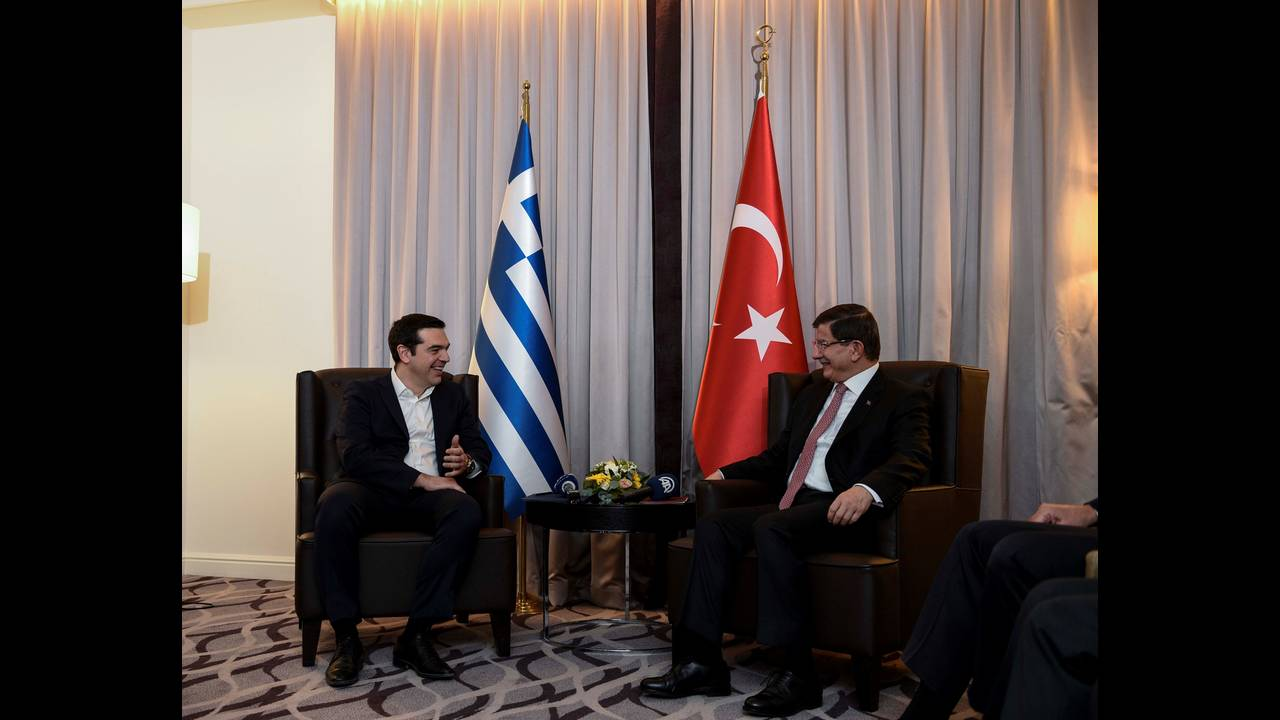 https://cdn.cnngreece.gr/media/news/2015/12/17/15761/photos/snapshot/_ABP0604.jpg