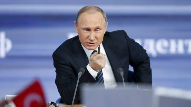 Ο Βλάντιμιρ Πούτιν πρότεινε να δοθεί το Βραβείο Νόμπελ στον πρώην πρόεδρο της FIFA