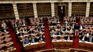 Δριμύ κατηγορώ στην κυβέρνηση για το παράλληλο πρόγραμμα εξαπέλυσε η αντιπολίτευση