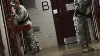 Εγκρίθηκε η μεταγωγή κρατουμένων στο Γκουαντάναμο σε άλλες χώρες