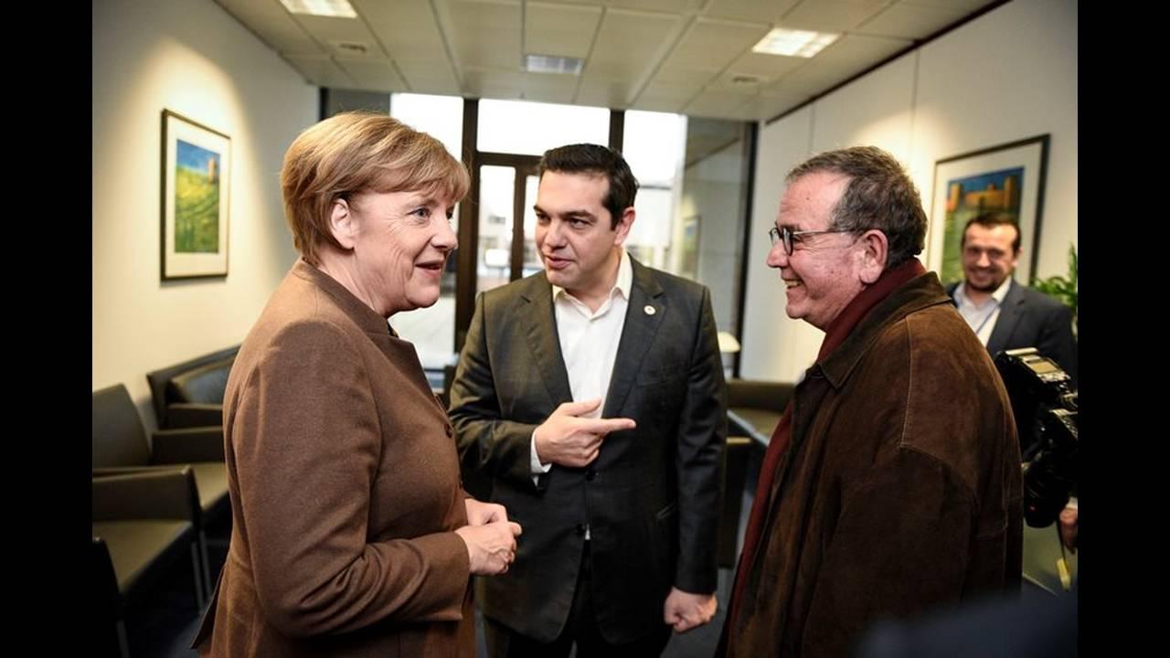 https://cdn.cnngreece.gr/media/news/2015/12/18/15850/photos/snapshot/_ABP1164.jpg