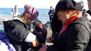 Διεθνή ΜΜΕ σχολιάζουν τη συνάντηση της Σάραντον με τους πρόσφυγες (εικόνες)