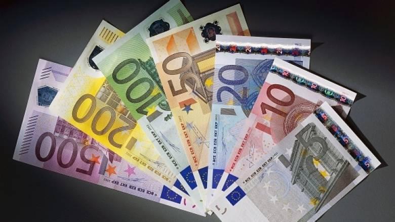 Τραπεζίτες έδιναν ευνοϊκά δάνεια στον εαυτό τους για σκάφη και βίλες