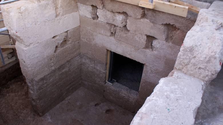 Πέλλα: Βρέθηκε μακεδονικός τάφος με τέσσερις θαλάμους