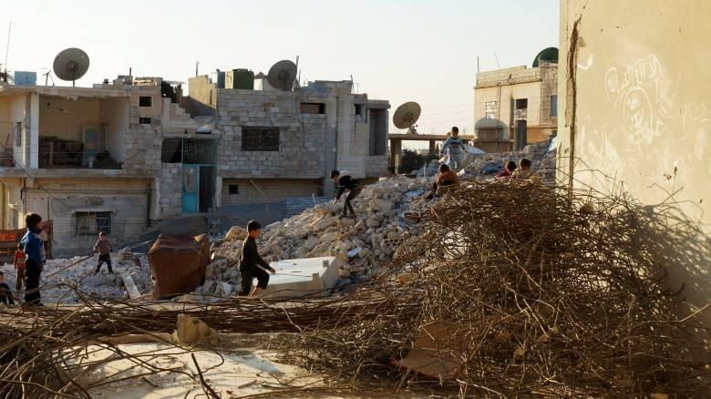 Στρατόπεδο εκπαίδευσης ξένων μαχητών έπληξε η Μόσχα στο Ιντλίμπ της Συρίας