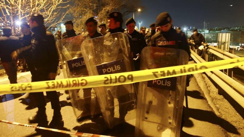 Σοβαρές συμπλοκές αστυνομίας - ακροαριστερών κομμάτων στην Κων/πολη