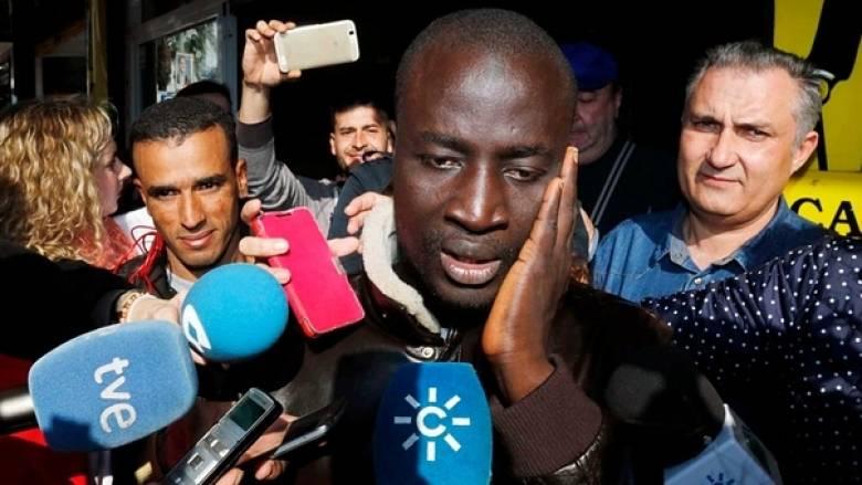 Μετανάστης κέρδισε 400.000 ευρώ στο λαχείο