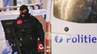 Ύποπτος στα χέρια της αστυνομίας για τις επιθέσεις στο Παρίσι
