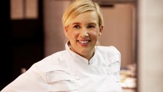 H Hélène Darroze είναι καλύτερη γυναίκα σεφ της χρονιάς