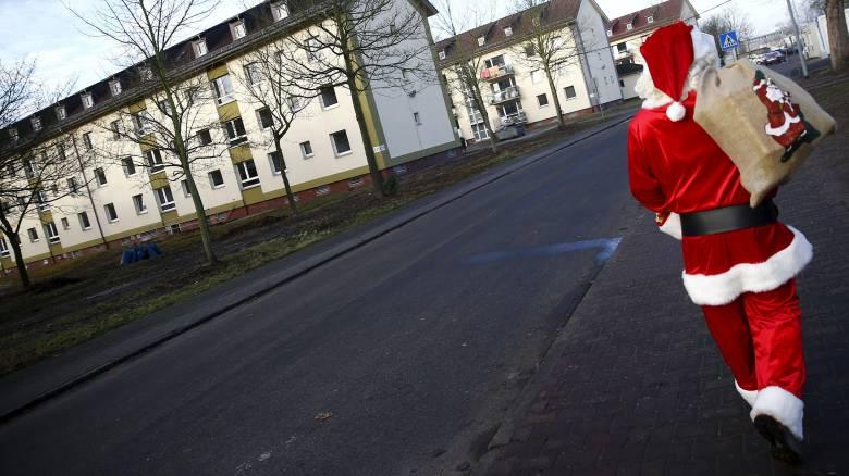 Γερμανία: Βόμβες μολότοφ σε κτίριο όπου αναμένονται 100 πρόσφυγες