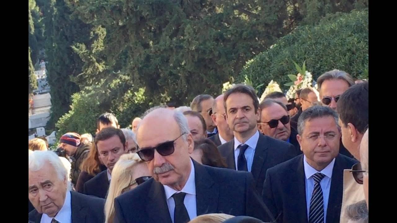 https://cdn.cnngreece.gr/media/news/2015/12/28/16741/photos/snapshot/2.jpg