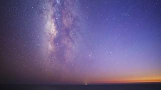 Φωτογραφική ωδή στο νυχτερινό ουρανό