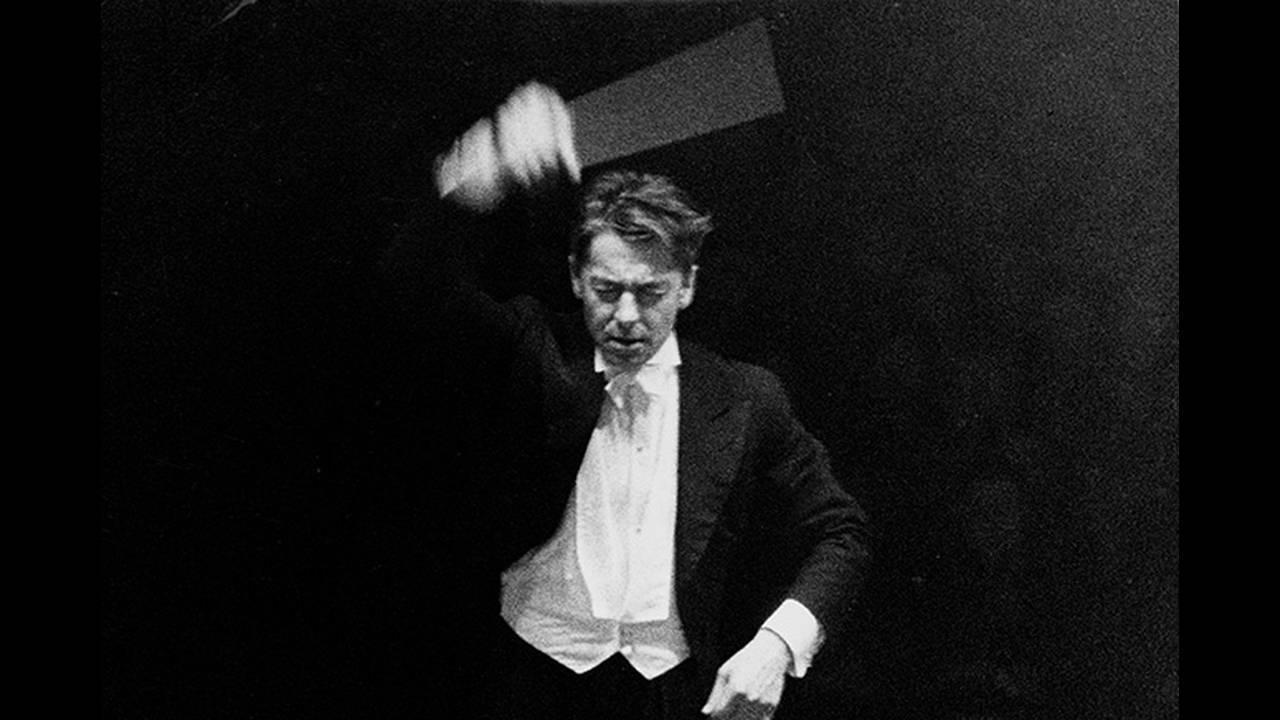 https://cdn.cnngreece.gr/media/news/2015/12/29/16870/photos/snapshot/Karajan_Sammlung-Gruenewald.jpg