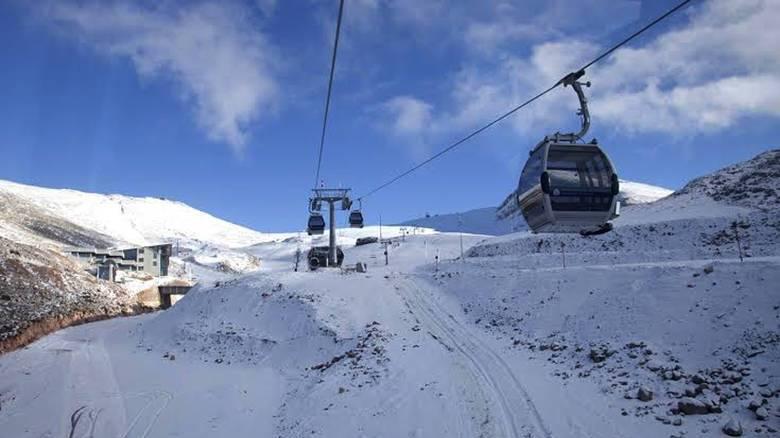 Εν αναμονή της χιονόπτωσης οι λάτρεις του σκι