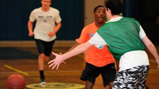 Παίκτες σχολικής ομάδας μπάσκετ βίασαν συμπαίκτη τους