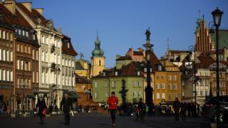 Διαμαρτυρία με εθνικό ύμνο από το πρώτο κανάλι της πολωνικής ραδιοφωνίας