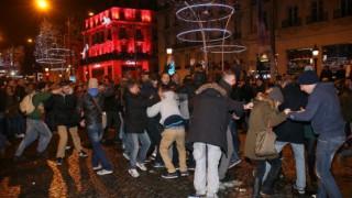 Γιορτές με ρεκόρ συλλήψεων στη Γαλλία
