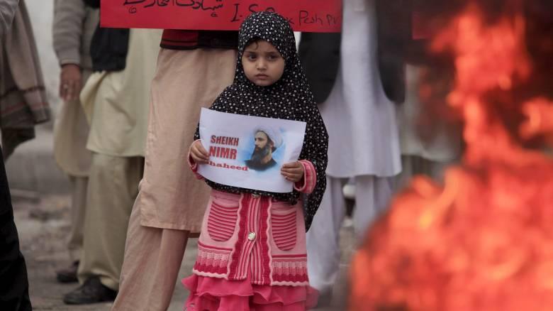 Ο πρόεδρος του Ιράν καταδικάζει την εκτέλεση του σιίτη ιερωμένου