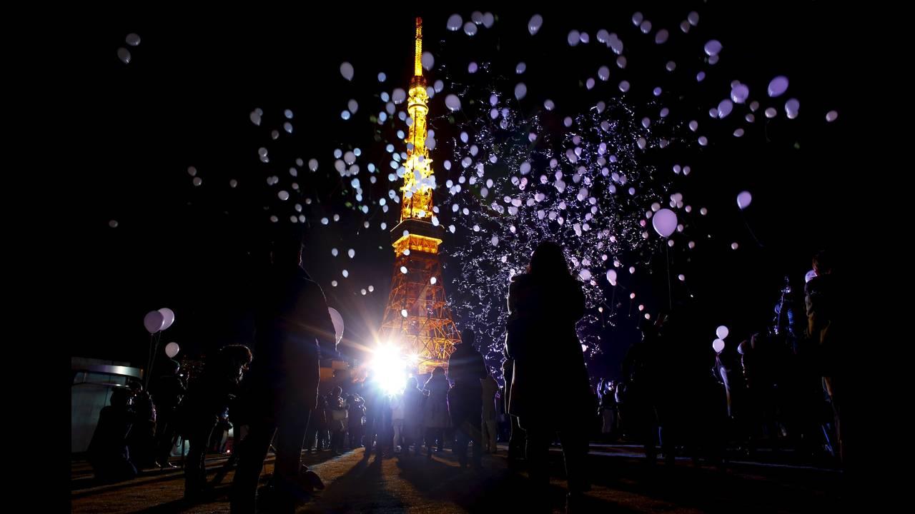 https://cdn.cnngreece.gr/media/news/2016/01/04/17371/photos/snapshot/NEW-YEAR-JAPAN11.jpg