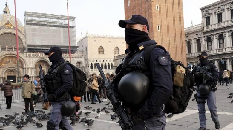 Ιταλία: Σύγκρουση της αστυνομίας με καταληψίες κτιρίων