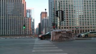 Ένα ιγκλού στο κέντρο του Σικάγο!