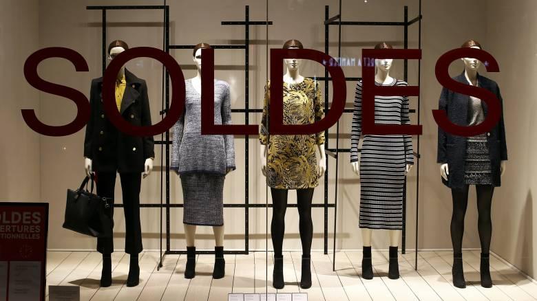 Εκπτώσεις και προσφορές από τις 11 Ιανουαρίου - Ποιες Κυριακές θα είναι ανοιχτά τα καταστήματα
