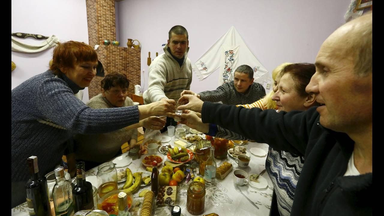 https://cdn.cnngreece.gr/media/news/2016/01/08/17835/photos/snapshot/BELARUS6-RELIGION-REUTERSVasilyFedosenko.jpg
