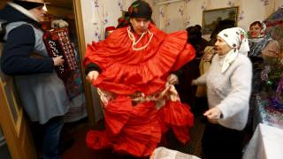 Οι Απόκριες - Kolyadki εορτάζονται τα Χριστούγεννα στη Λευκορωσία