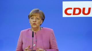 Προειδοποίηση Μέρκελ προς πρόσφυγες που καταδικάζονται