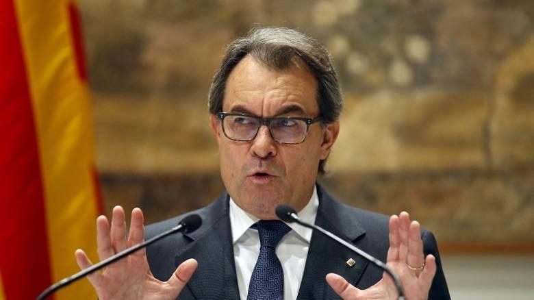 Νέος πρόεδρος στην Καταλονία για την αποφυγή εκλογών