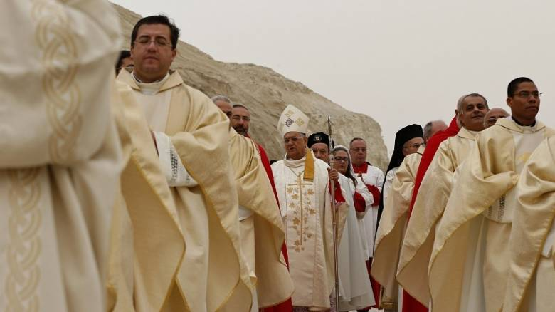 Έρευνα για βανδαλισμούς σε χριστιανικούς τάφους ζητά το λατινικό πατριαρχείο