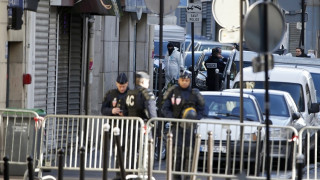Ο δράστης της επίθεσης σε αστυνομικό τμήμα του Παρισιού ζούσε σε εστία αιτούντων άσυλο