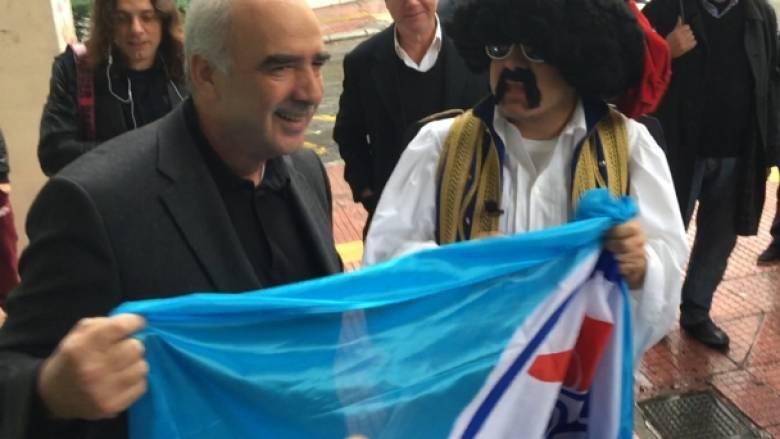 Εκλογές ΝΔ: «Ελληνοφρένεια» με τον...Μεϊμαράκη