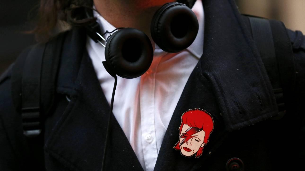 Madonna, Iggy Pop, Κάνιε Ουέστ και άλλοι αποχαιρετούν τον Ντέβιντ Μπόουϊ