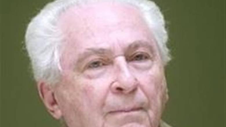 Πέθανε ο ποιητής Κώστας Στεργιόπουλος