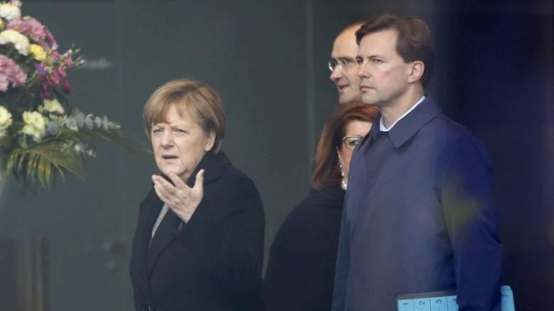 Ανησυχεί η Μέρκελ για νεκρούς γερμανούς πολίτες