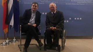 Συνάντηση Τσακαλώτου - Σόιμπλε σε θετικό κλίμα, αλλά στη «σκιά» ΔΝΤ