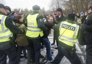 Παρατείνει η Δανία τους συνοριακούς ελέγχους με τη Γερμανία