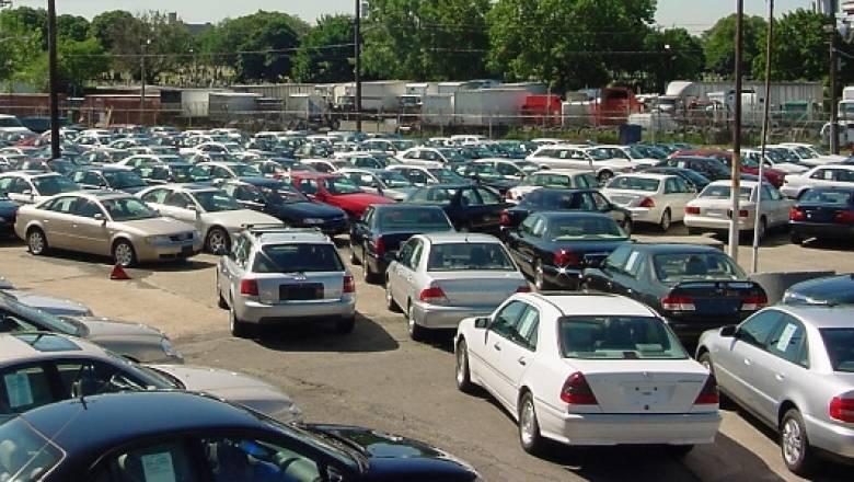 Το 2015 προμηθεύτηκαν τέλη κυκλοφορίας 100.578 οχήματα περισσότερα από το 2014