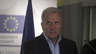 Δ: Aβραμόπουλος: Ανησυχώ για την αύξηση του εθνικισμού στην Ευρώπη